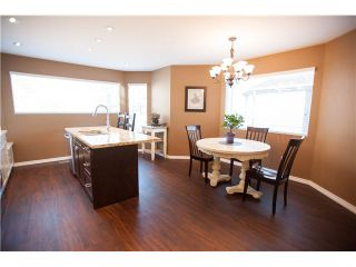 """Photo 3: 6 1195 FALCON Drive in Coquitlam: Eagle Ridge CQ Townhouse for sale in """"THE COURTYARDS"""" : MLS®# V1108276"""