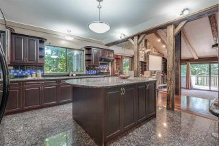 Photo 7: 309 MARINER Way in Coquitlam: Coquitlam East House for sale : MLS®# R2426449