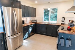 Photo 6: 798 Cecil Blogg Dr in : Co Triangle House for sale (Colwood)  : MLS®# 873713