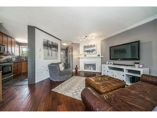 """Photo 3: 1 98 BEGIN Street in Coquitlam: Maillardville Townhouse for sale in """"Le Parc"""" : MLS®# R2285270"""