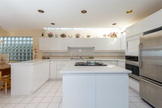 """Photo 10: 2125 LAWSON Avenue in West Vancouver: Dundarave House for sale in """"Dundarave"""" : MLS®# R2329676"""