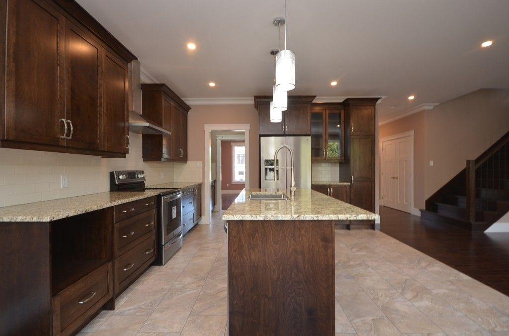 Photo 9: Photos: : Residential for sale