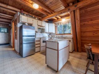 Photo 7: 8484 REDROOFFS Road in Halfmoon Bay: Halfmn Bay Secret Cv Redroofs House for sale (Sunshine Coast)  : MLS®# R2545137