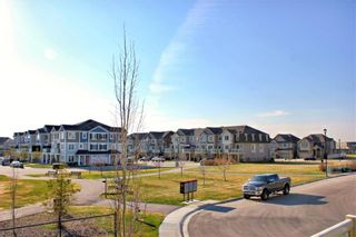 Photo 3: 146 WINDSTONE Mews SW: Airdrie Row/Townhouse for sale : MLS®# C4305221