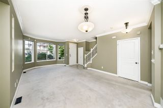 """Photo 8: 8693 206B Street in Langley: Walnut Grove House for sale in """"Discovery Town"""" : MLS®# R2479160"""