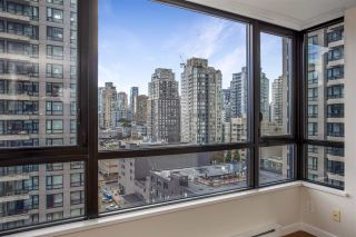 """Photo 10: 1306 909 MAINLAND Street in Vancouver: Yaletown Condo for sale in """"YALETOWN PARK 2"""" (Vancouver West)  : MLS®# R2516846"""