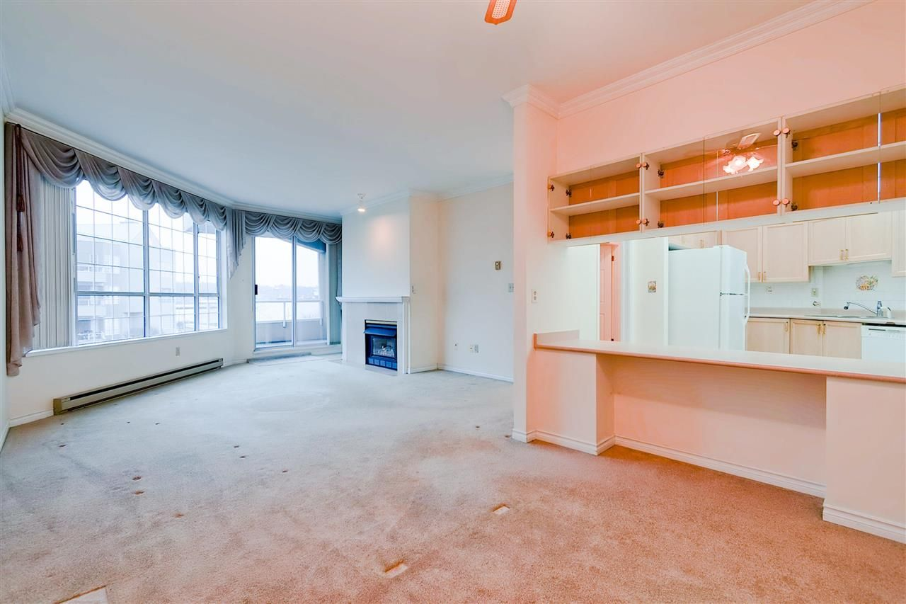 Photo 4: Photos: 316 1150 QUAYSIDE Drive in New Westminster: Quay Condo for sale : MLS®# R2329449