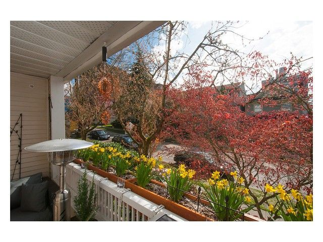 Main Photo: 203 1465 COMOX Street in Vancouver: West End VW Condo for sale (Vancouver West)  : MLS®# V1057471