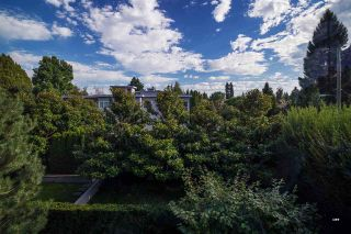 """Photo 13: 305 5955 BALSAM Street in Vancouver: Kerrisdale Condo for sale in """"5955 BALSAM"""" (Vancouver West)  : MLS®# R2597657"""