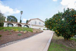 Photo 2: LA MESA House for sale : 4 bedrooms : 9541 Tropico Dr.