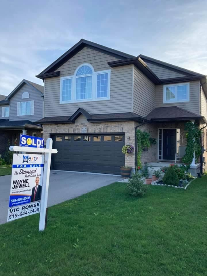 Main Photo: 2653 Asmima Drive in London: Residential for sale : MLS®# 40148659