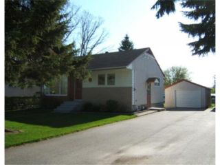 Photo 1: 238 TURNER Street in BEAUSEJOUR: Beausejour / Tyndall Residential for sale (Winnipeg area)  : MLS®# 2909505