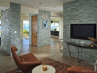 Photo 13: 622 Inglewood Terr in VICTORIA: OB South Oak Bay House for sale (Oak Bay)  : MLS®# 696684