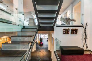 Photo 2: 9658 95 Avenue in Edmonton: Zone 18 House for sale : MLS®# E4228356