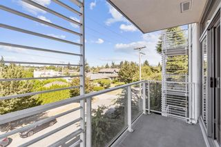 """Photo 7: W305 677 W 41ST Avenue in Vancouver: Oakridge VW Condo for sale in """"41 West"""" (Vancouver West)  : MLS®# R2605718"""