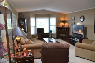 Photo 5: 99 7583 Central Saanich Rd in : CS Hawthorne Manufactured Home for sale (Central Saanich)  : MLS®# 863856