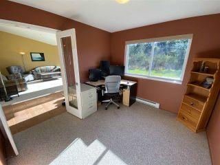 Photo 15: 6330 SECHELT INLET Road in Sechelt: Sechelt District House for sale (Sunshine Coast)  : MLS®# R2549499
