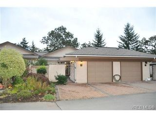 Photo 1: 20 901 Kentwood Lane in VICTORIA: SE Broadmead Row/Townhouse for sale (Saanich East)  : MLS®# 652877