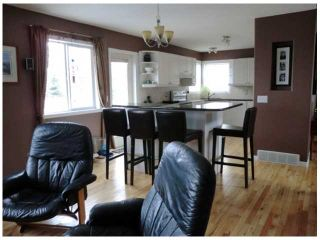Photo 7: 52 WEST HALL Place: Cochrane Residential Detached Single Family for sale : MLS®# C3553892