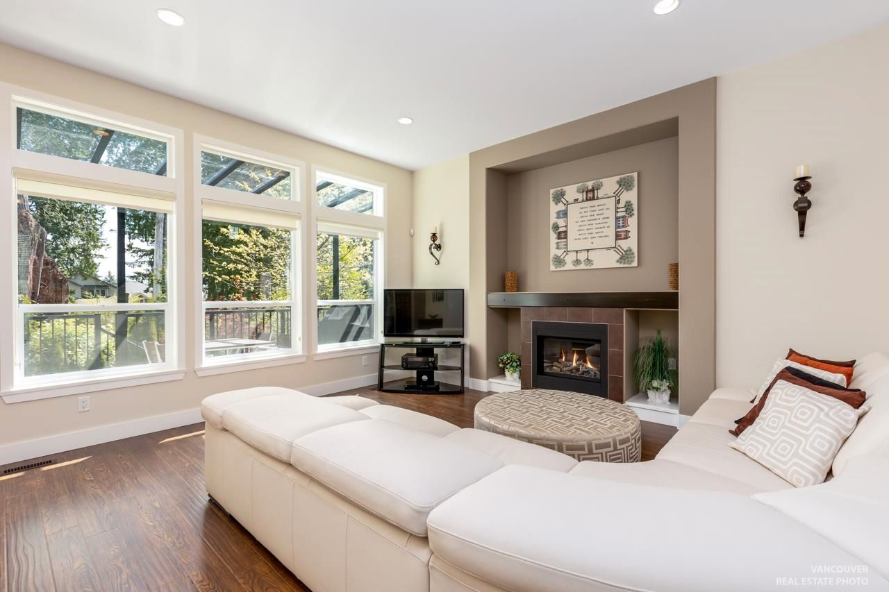 Photo 4: Photos: 1335 KERRY COURT in Coquitlam: Burke Mountain House for sale : MLS®# R2597178