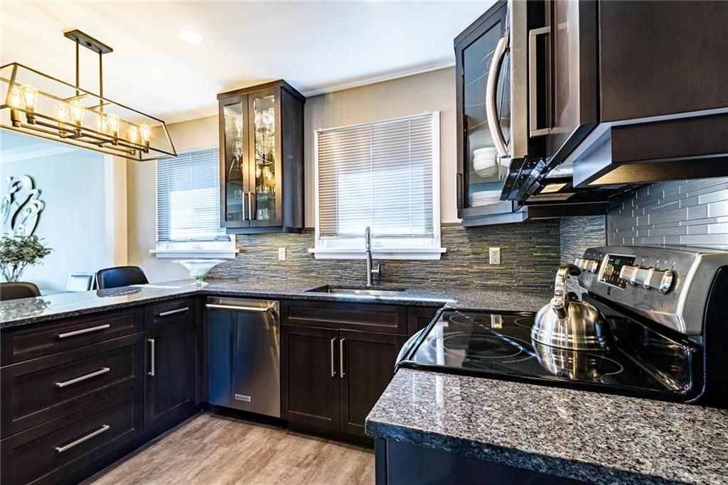 Photo 14: Photos: 603 Fleming Avenue in Winnipeg: Residential for sale (3B)  : MLS®# 202113289