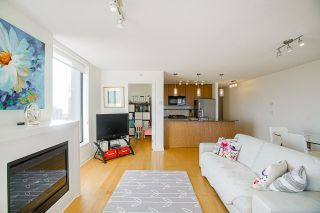 """Photo 10: 2306 7063 HALL Avenue in Burnaby: Highgate Condo for sale in """"EMERSON"""" (Burnaby South)  : MLS®# R2545029"""