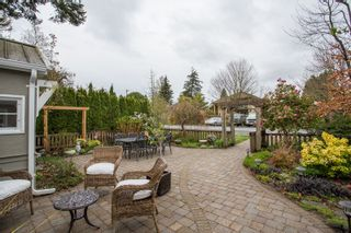 "Photo 2: 2800 GORDON Avenue in Surrey: Crescent Bch Ocean Pk. House for sale in ""CRESCENT BEACH"" (South Surrey White Rock)  : MLS®# R2434977"