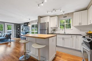 """Photo 7: 6 2780 ALMA Street in Vancouver: Kitsilano Townhouse for sale in """"Twenty on the Park"""" (Vancouver West)  : MLS®# R2575885"""