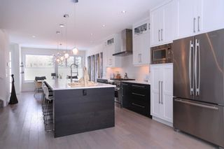 Photo 6: 3628 Parkhill Street SW in Calgary: Parkhill Semi Detached for sale : MLS®# A1083574