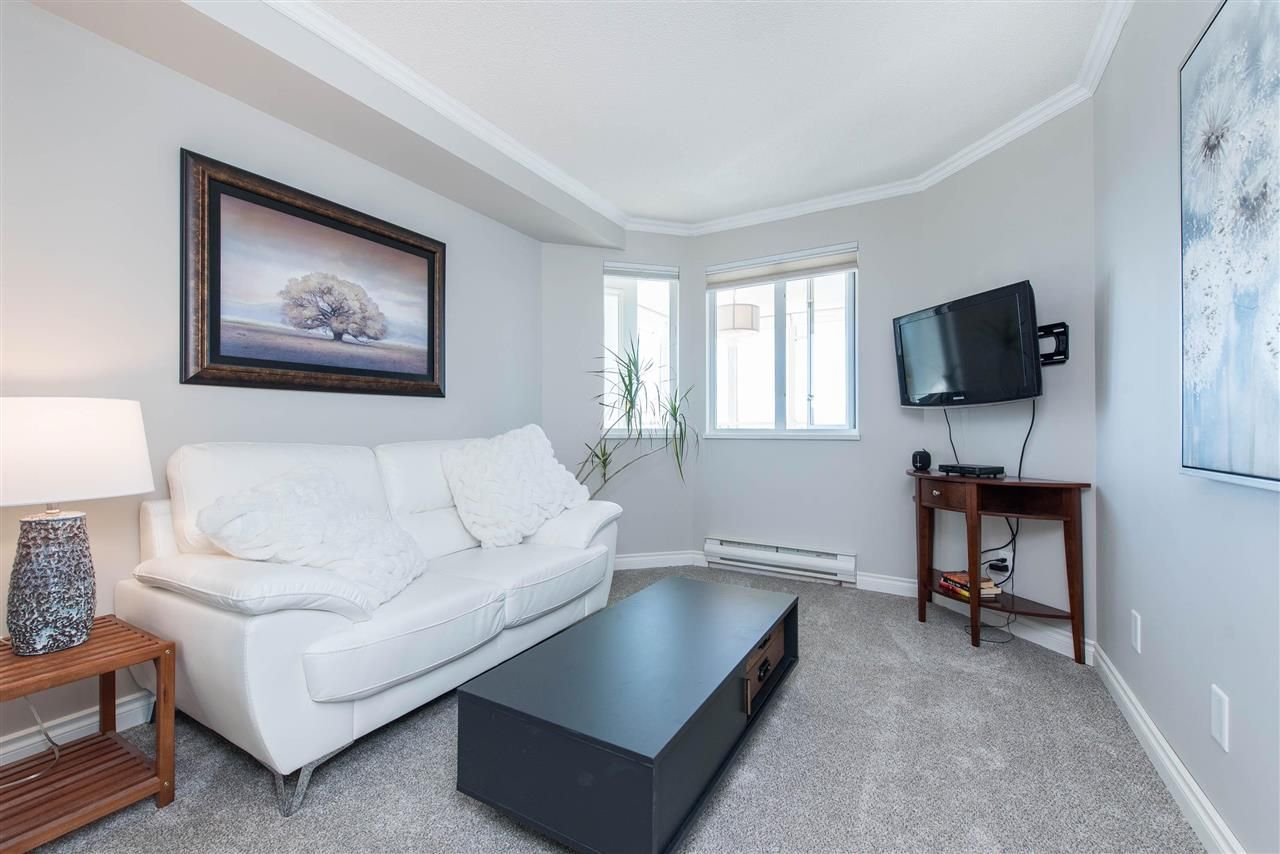 """Photo 28: Photos: 1402 3190 GLADWIN Road in Abbotsford: Central Abbotsford Condo for sale in """"Regency Park"""" : MLS®# R2589497"""