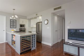 """Photo 5: 1502 1863 ALBERNI Street in Vancouver: West End VW Condo for sale in """"LUMIERE"""" (Vancouver West)  : MLS®# R2367109"""