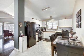 Photo 6: 305 Martinwood Place NE in Calgary: Martindale Detached for sale : MLS®# A1038589