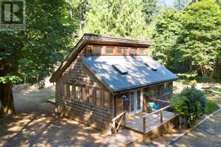 Photo 16: 4130 Beaver Dr in Denman Island: House for sale : MLS®# 886184