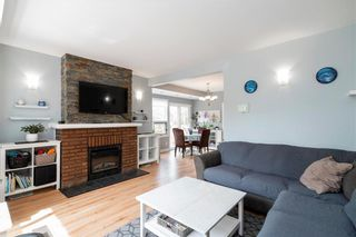 Photo 2: 923 Somerset Avenue in Winnipeg: East Fort Garry Residential for sale (1J)  : MLS®# 202011474