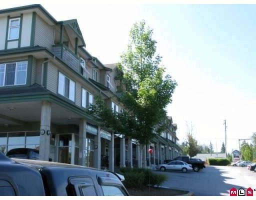 """Main Photo: 5 8814 216TH Street in Langley: Walnut Grove Townhouse for sale in """"REDWOODS CORNER"""" : MLS®# F1000859"""