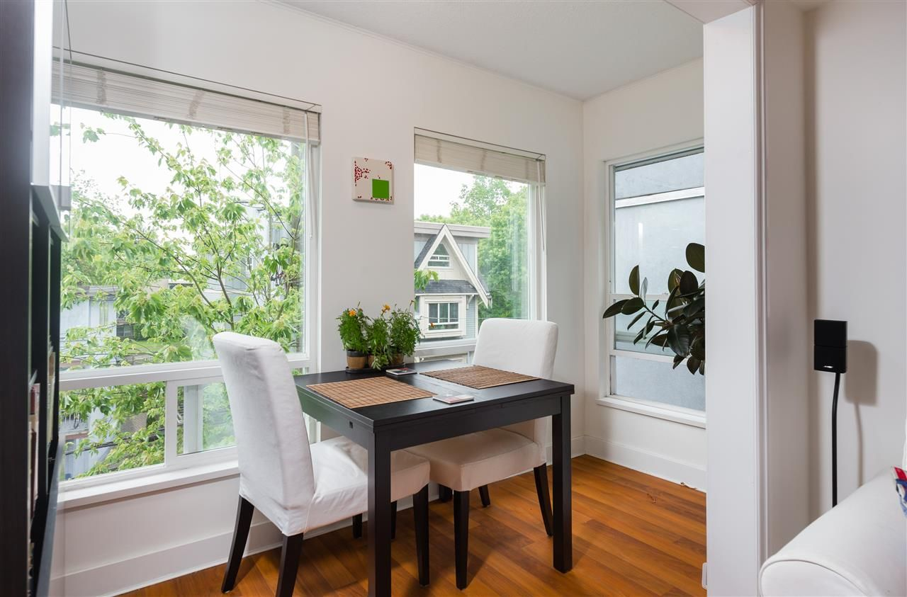 Main Photo: 405 3 N GARDEN DRIVE in Vancouver: Hastings Condo for sale (Vancouver East)  : MLS®# R2179165