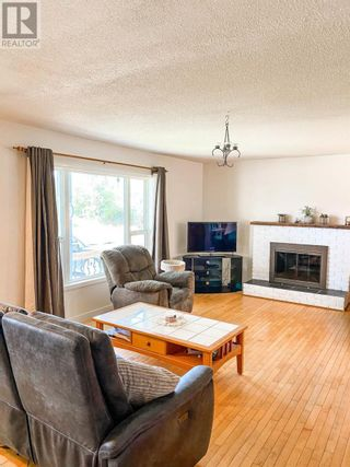 Photo 4: 514 LACOMA STREET in Prince George: House for sale : MLS®# R2602451