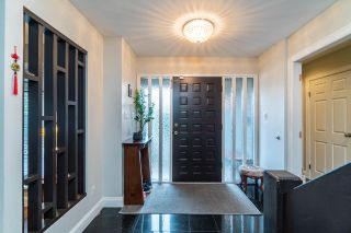 Photo 3: 6551 JUNIPER Drive in Richmond: Woodwards House for sale : MLS®# R2523544