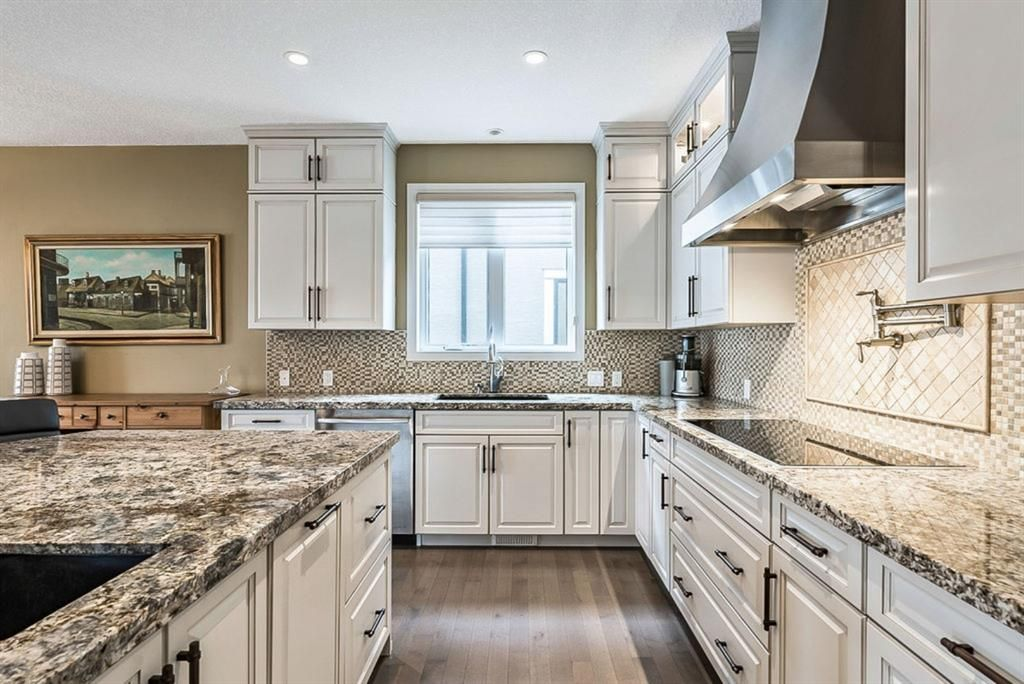 Photo 10: Photos: 72 Cranbrook Heights SE in Calgary: Cranston Detached for sale : MLS®# A1105486