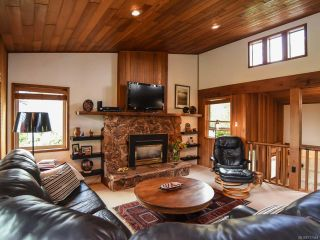 Photo 2: 66 Orchard Park Dr in COMOX: CV Comox (Town of) House for sale (Comox Valley)  : MLS®# 777444