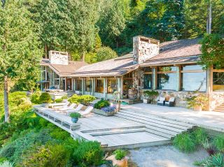 """Photo 35: 370 374 SMUGGLERS COVE Road: Bowen Island House for sale in """"Hood Point"""" : MLS®# R2518143"""