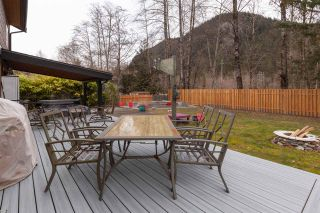 "Photo 35: 41362 DRYDEN Road in Squamish: Brackendale House for sale in ""BRACKENDALE"" : MLS®# R2539818"