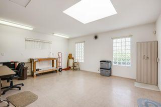 Photo 18: LA JOLLA House for sale : 3 bedrooms : 2322 Bahia Dr