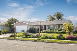 Photo 2: CLAIREMONT House for sale : 4 bedrooms : 4296 Mount Putman Ave in San Diego