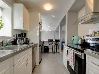 Photo 33: 147 Cambridge St in : Vi Fairfield West House for sale (Victoria)  : MLS®# 885266