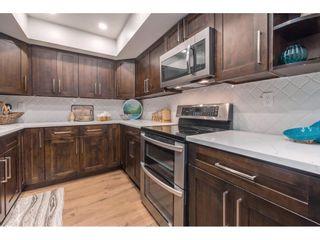"Photo 3: 1451 MERKLIN Street: White Rock Townhouse for sale in ""Hazelmere"" (South Surrey White Rock)  : MLS®# R2366199"