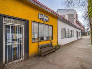 "Photo 33: 311 3456 COMMERCIAL Street in Vancouver: Victoria VE Condo for sale in ""Mercer"" (Vancouver East)  : MLS®# R2558325"