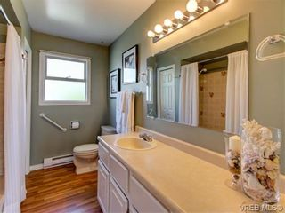 Photo 13: 10417 Finch Pl in SIDNEY: Si Sidney North-East House for sale (Sidney)  : MLS®# 744414