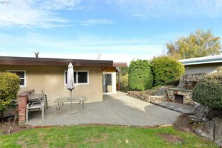 Photo 6: 869 Rockheights Ave in VICTORIA: Es Rockheights House for sale (Esquimalt)  : MLS®# 744469