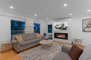 Photo 6: 965 BEAUMONT Drive in North Vancouver: Edgemont House for sale : MLS®# R2624946